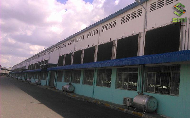 Cooling Pad được bố trí dọc theo chiều dài của nhà xưởng
