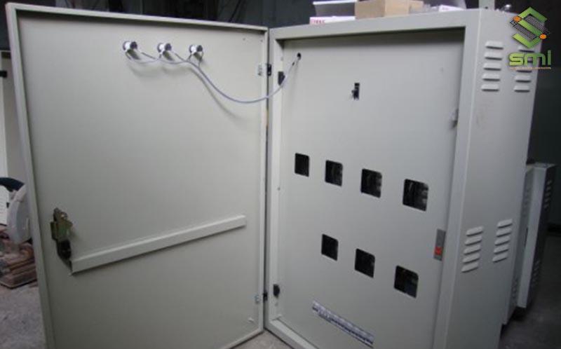 SUMITECH nhận gia công cơ khí chính xác vỏ tủ điện