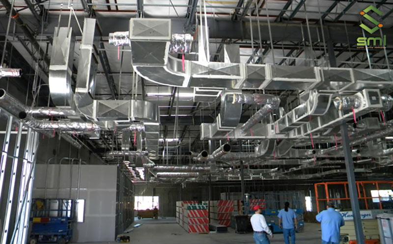 Sử dụng hệ thống thông gió công nghiệp cũng là cách để quản lý độ ẩm nhà xưởng hiệu quả