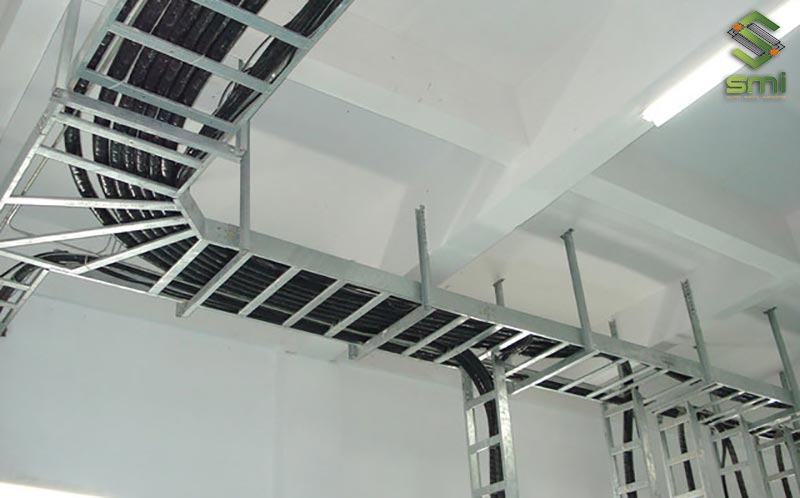 Thi công hệ thống cáp nguồn tổng là điều bắt buộc cần làm đầu tiên của hệ thống điện nhà xưởng