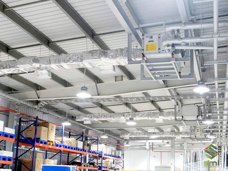 Hệ thống thông gió scaled đã lắp đặt trong nhà xưởng