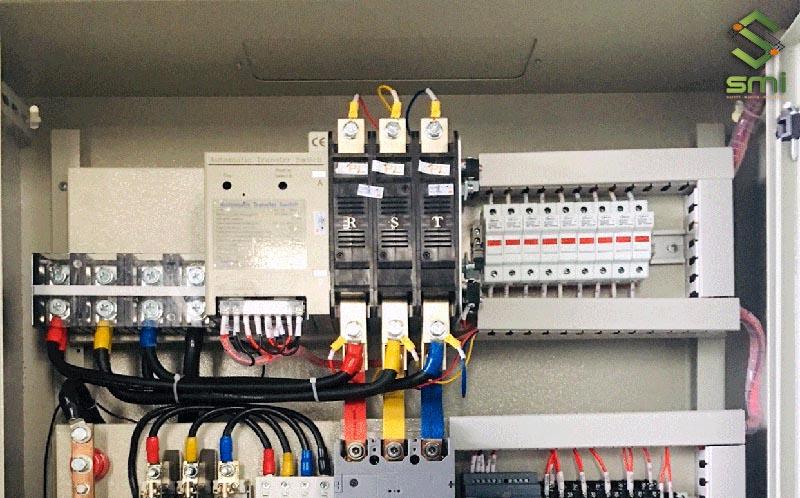 Tủ điện dân dụng có công suất nhỏ hơn tủ điện công nghiệp