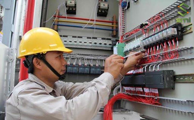 Kỹ sư điện công nghiệp có thể sửa chữa hệ thống điện dân dụng