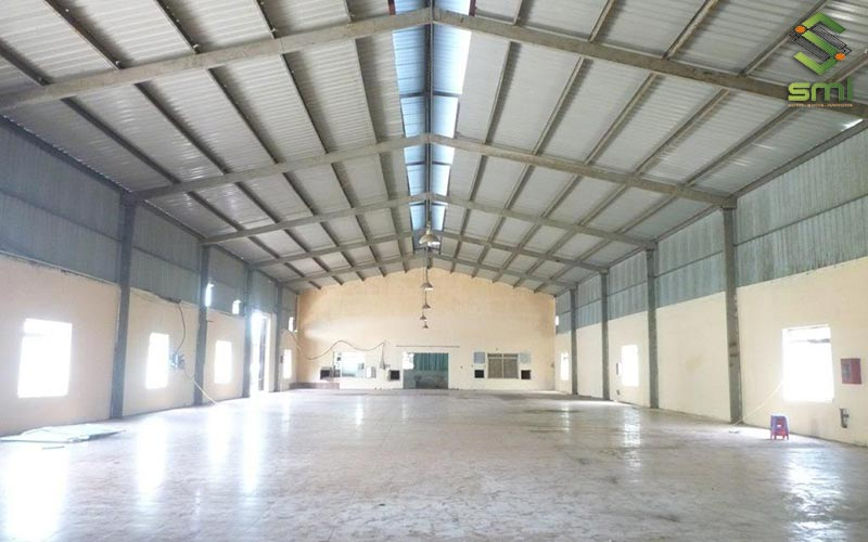 Nhà xưởng bê tông cốt thép thường là lựa chọn của doanh nghiệp có quy mô lớn, quá trình sản xuất có nhiều máy móc hoạt động