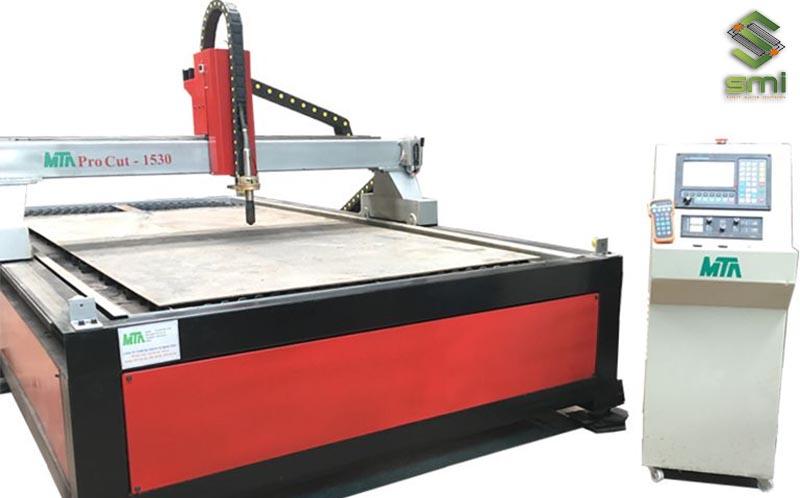Máy cắt Plasma CNC hiện đại với độ chính xác cao