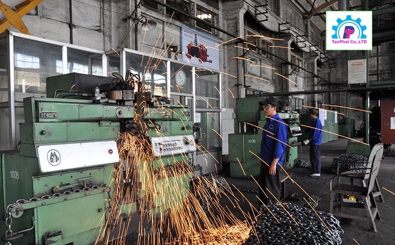Xưởng gia công cơ khí tại công ty Tân Phát