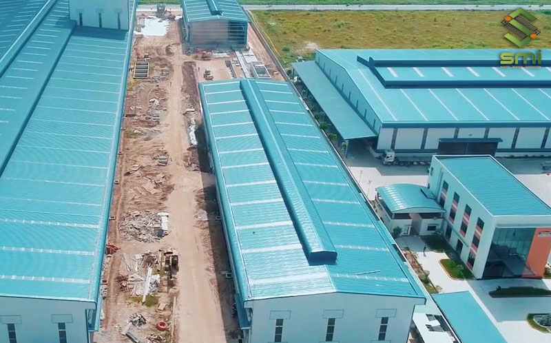 Nóc gió là chi tiết dùng để lưu thông không khí cho nhà xưởng công nghiệp