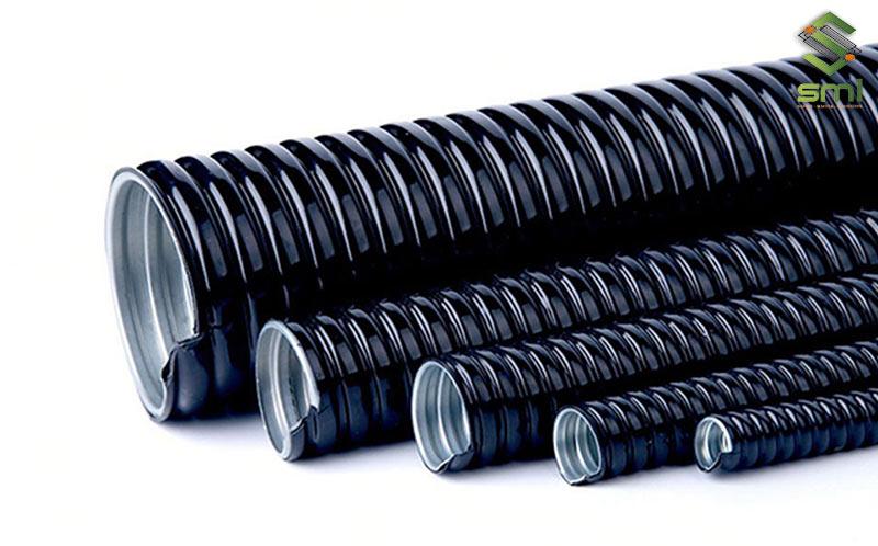 Sử dụng ống luồn dây điện sẽ giúp cho việc định hình và đi dây điện nhà xưởng dễ dàng, chuẩn chỉ và gọn gàng hơn
