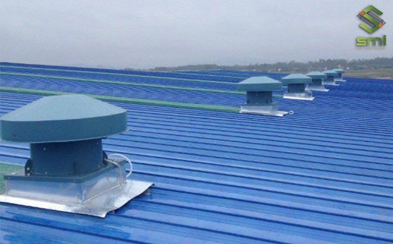 Quạt hút thông gió mái nhà xưởng
