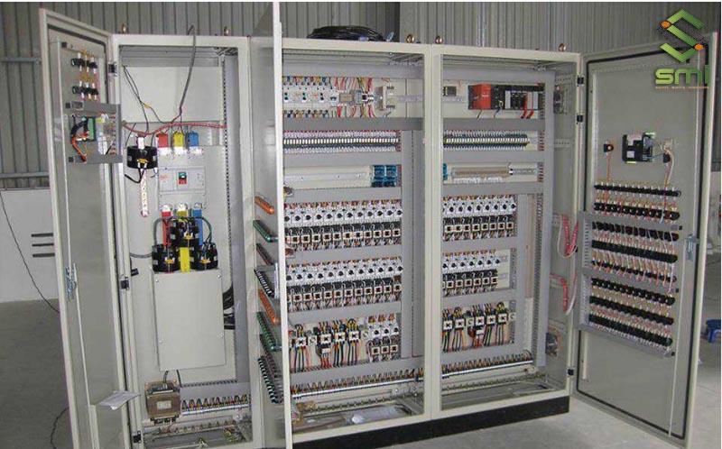 SUMITECH nhận lắp đặt hệ thống tủ điện công nghiệp