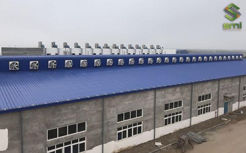 Cần có số liệu cụ thể để tính toán được số lượng thiết bị, quạt thông gió cần có trong nhà xưởng