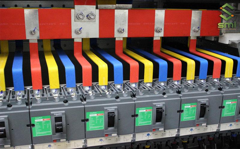 Các thanh đồng là một thành phần không thể thiếu của tủ điện phân phối