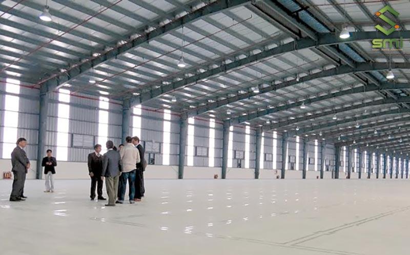 SUMITECH thực hiện khảo sát mặt bằng để có những thiết kế Canteen nhà xưởng phù hợp nhất