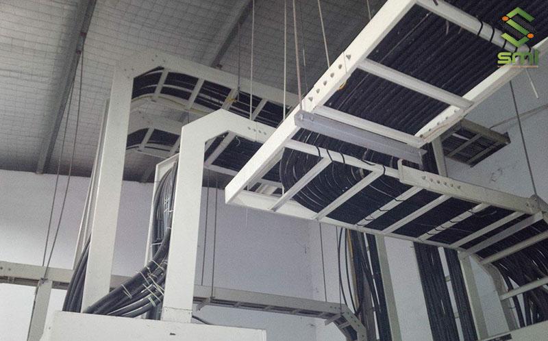 Hệ thống thang cáp sẽ giúp đỡ dây dẫn và tránh gây rối cho nhà xưởng