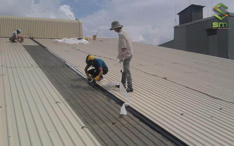 Mái nhà xưởng phải đảm bảo yêu cầu về kỹ thuật và thẩm mỹ