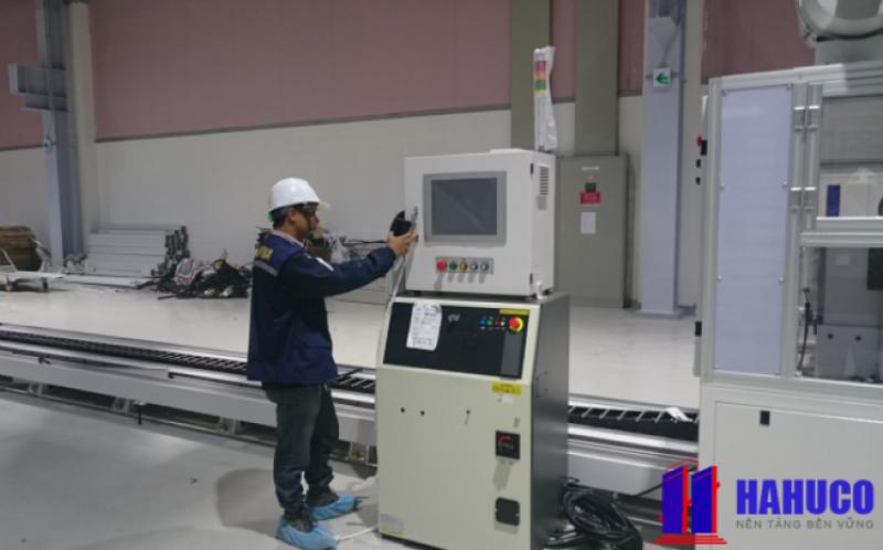 Công ty lắp đặt hệ thống điện công nghiệp HAHUCO cung cấp tủ điều khiển cho hệ thống boiler
